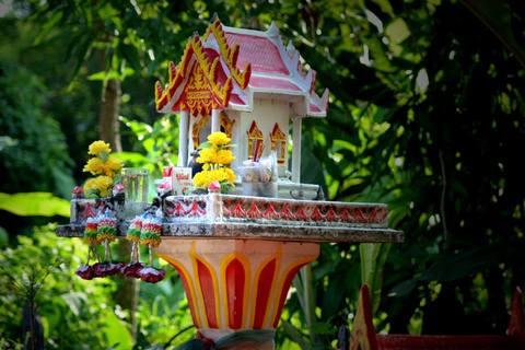 Phrá Pum casa dos espiritos tailandia